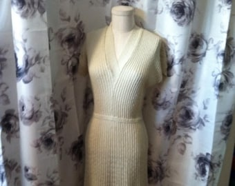 Vintage Summer Sale Mod and retro knit dress