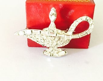 Vintage magic lamp BROOCH, Aladin, Art Nouveu, Silver Tone, Rhinestones, Clearance Sale, item no B049