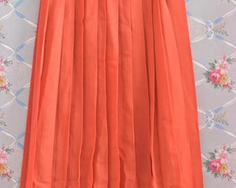ON SALE Vintage Coral Pleated Knee Length Skirt Size Small