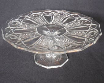 """L E Smith Crystal Cake Stand, 11"""" Diameter Pedestal Cake Stand, Quintec Clear"""