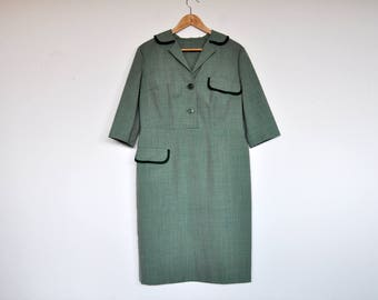 Vintage 60s Oversized Sage Green Mid Sleeve Collared Mod Scooter Dress