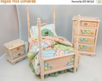 SPECIAL SALE HOMESPUN Happiness Country Garden Patchwork Miniature Dollhouse Bedroom Set 1:12 Hand-Painted Custom Dressed Whitewash Furnitur