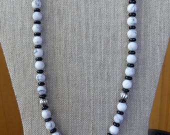 22 Inch White Howlite and Black Onyx Beaded Necklace with Earrings