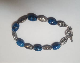 Turquoise Blue/Black Beaded Bracelet