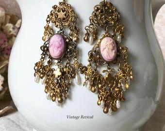 Vintage Cameo Earrings/ Pink Cameo Earrings