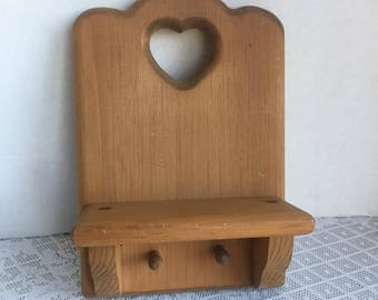Vintage Wall Hanging Shelf with Pegs  /  Vintage Wooden Shelf with Cut Out Heart