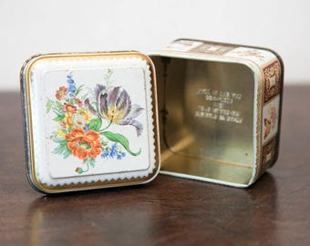 Small Floral Tin Trinket Box | Tin Jewelry Box | Vintage Daher Tin Box | Floral Farmhouse Cottage Chic Bohemian Home Decor | Floral Gift Box