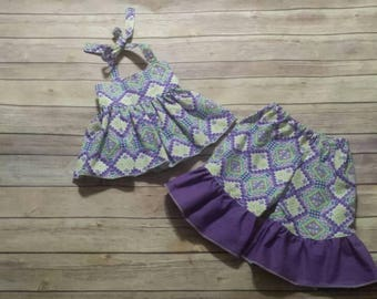 Girls size 12 to 18 months top and capri pants set