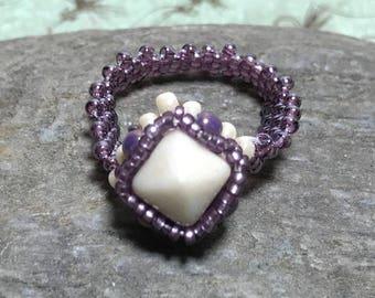 Light Purple Ring Lavender Bead Ring Cream Ring Beaded Ring Size 8 Beaded Ring Peyote Ring Seed Beaded Ring Beadwoven Ring Beadwork Ring