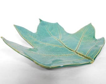 Pottery Leaf Dish Ceramic Leaf Plate, Leaf Decor Leaf Trinket Dish Leaf Plate Real Leaf Impression Pottery Leaf Dish in Green Blue