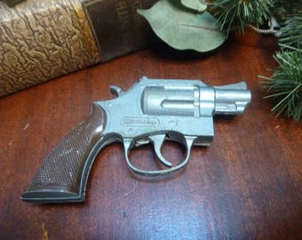 Hubley Snub Nosed Trooper TOY Cap Gun  (T)