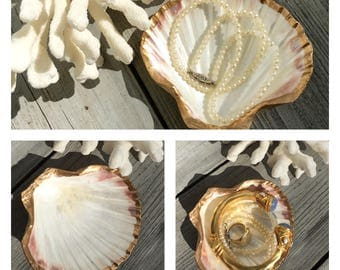 Oyster Shell Ring Holder/Gold Leaf Oyster Shell/Wedding Party Gift/Hostess Gift/Oyster Shell Art