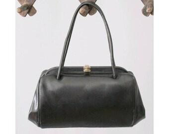 1940s black leather Handbag /40s french handbag