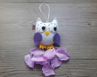 Baby Decoration, White Owl Ornament, Felt Wall Hanging, Woodland Critter, Shower Party Favor, Friend Gift Idea, Nature Lover, Birdwatcher