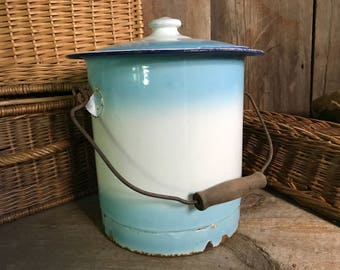 Large French Enamel Bucket and Lid, Chippy French Kitchen Pail, Storage Container, French Cuisine Farmhouse