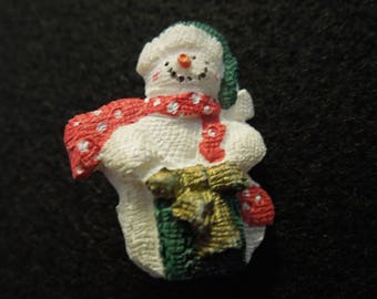 Vintage Christmas Brooch or Pin.  Snowman.  Cute and Simple  Excellent Condition.