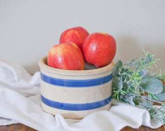 Vintage Crock with blue Stripes // Antique Pot // Tan Container // Farmhouse Country Style // Kitchen Decor // French Blue
