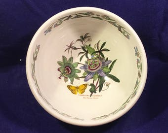 Pretty Vintage PORTMEIRION Large MIXING, SALAD or  Serving Bowl in the Blue Passion flower Pattern