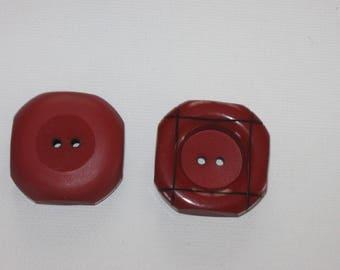Vintage Burgundy/square shape ref Bord2 button