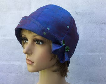 Cobalt blue 1920s-inspired cloche hat, size 58 to 60 cm