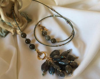 Labradorite Pebble Cluster Necklace with Toggle Clasp Front Closure