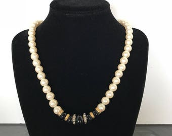 Necklace Swarovski Pearl and Black Beads