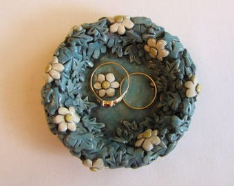 Whimsical flower ring dish, Blue ring dish, Whimsical flower trinket dish, Ring dish polymer clay