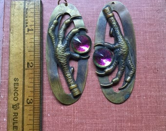 Vintage bird claw brass earring pieces with jewel