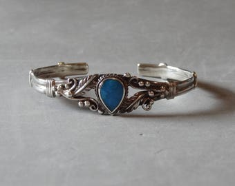 Vintage Sterling Silver Turquoise Cuff Bracelet Native American Indian Southwest Leaf Design Marked 925 Jewelry