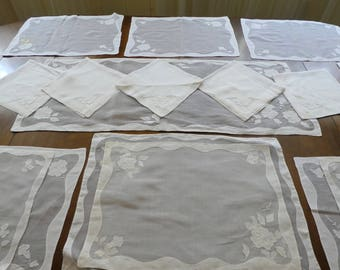 VINTAGE TABLE LINENS White Cotton Sheer Floral Set