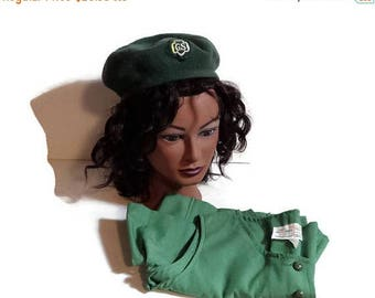 1970s Girl Scout Uniform & green wool beret, vintage girl scout jumper, 12 1/2, vintage girl scout official uniform, girl scout beret, hat