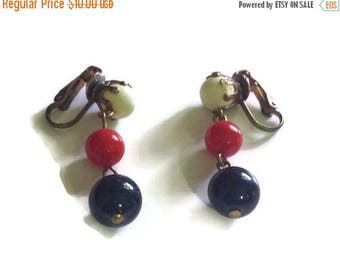 Clip Earrings, Beaded Earrings, Vintage Earrings, Red White and Blue Earrings, 4th of July Earrings, Retro Earrings