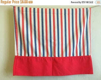 XMAS IN JULY Vintage Pequot Red and Blue Striped Pillowcase, Fun Retro Bedding