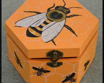 Honey Bee Wooden Box, Beekeeper Gift, Bees, Honeycomb, Anthophila, Insect, Original Artwork, Personalised Box, Trinkets, Jewellery, Crafts