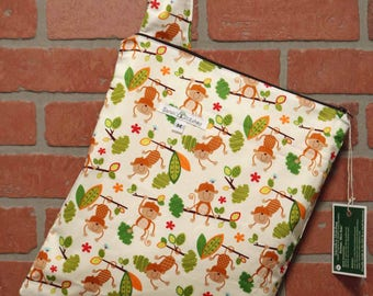 Cloth Diaper Wetbag, Monkeys, Pail Liner, Diaper Bag, Day Care Size, Holds 5 Diapers, Size Medium with Handle item #M140