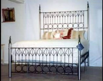 iron bed queen sizewrought iron bed Gothic bondage bed metal & iron bed canopy queen sizewrought iron bed Gothic