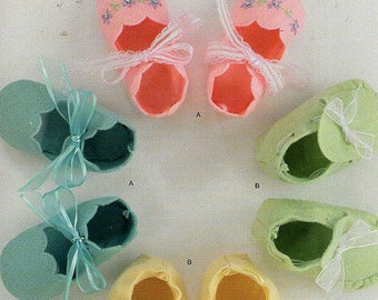 Darling Baby Shoe/Booties Pattern by Simplicity It's so Easy 2397