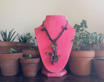 Macrame necklace with AMETHYST & FLUORITE