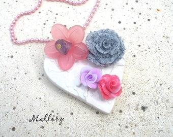 MALLORY floral ceramic heart pendant