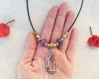 Purple love. Crystal necklace with Agate and Amethyst gemstones. Love amulet. Boho Handmade jewerly by Bella Marietta