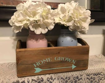 Rustic farmhouse mason jar holder