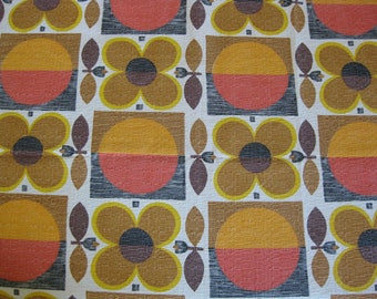 "French barkcloth fabric with geometric pattern ""Copenhague"" by Beldecor"