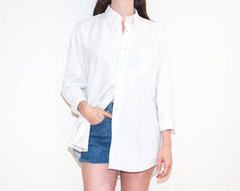 90s 00s white basic pocket button-down / unisex long sleeve oxford shirt / size L / XL
