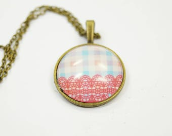 Necklace country