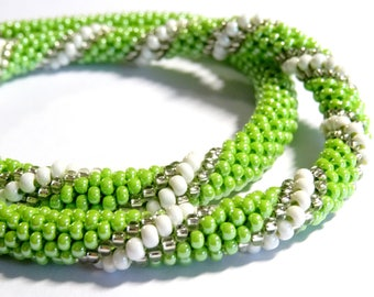 Green spiral crochet (028) beaded necklace