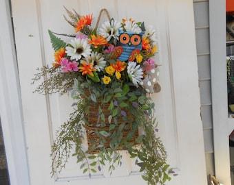 wall basket welcome basket owl basket door art , door decor multi color wreath spring everyday front door welcome back door guest