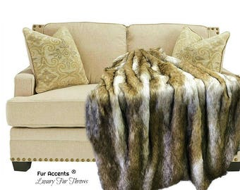 Plush  Faux Fur Throw Blanket - Light Brown Coyote Stripe - Wolf Fur - Bedspread - Luxury Fur -  Minky Cuddle Fur Lining Fur Accents USA