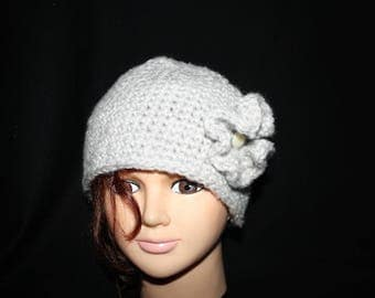 very soft and very warm light grey Hat