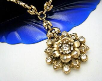 Crown Trifari Pat Pend COPR Vintage Necklace Rhinestone Flower Gold Tone