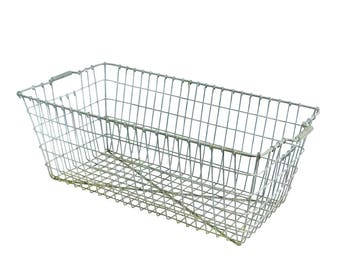 """Industrial Heavy Duty Rectangular Wire Metal Basket with End Carry Handles,  26"""" X 14"""" X 10"""""""